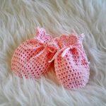 Babbyboo Newborn wantjes haakpatroon roze